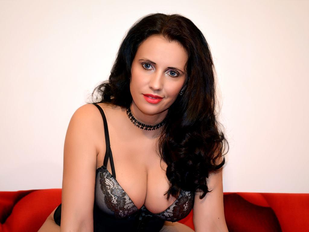 BigTitsAnita's Profile Image
