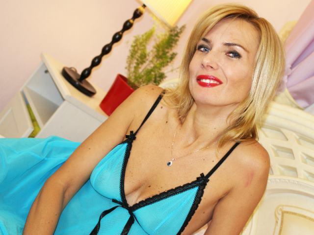 Silvia_Marlow - 30