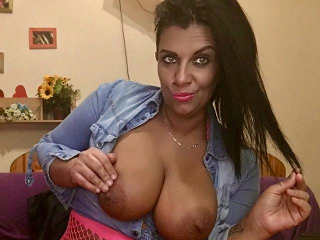 BustyMILF4play - 34