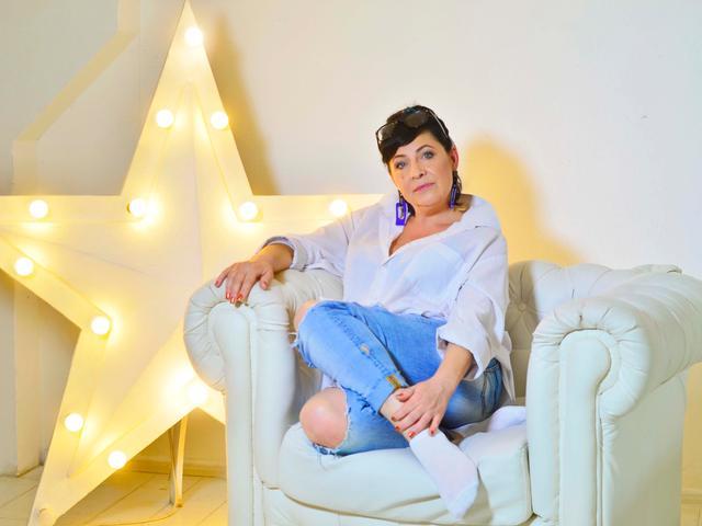 Linda_Passionate - 40