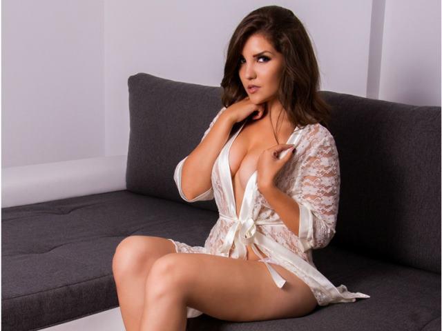 VanessaDeluxe1 - 6