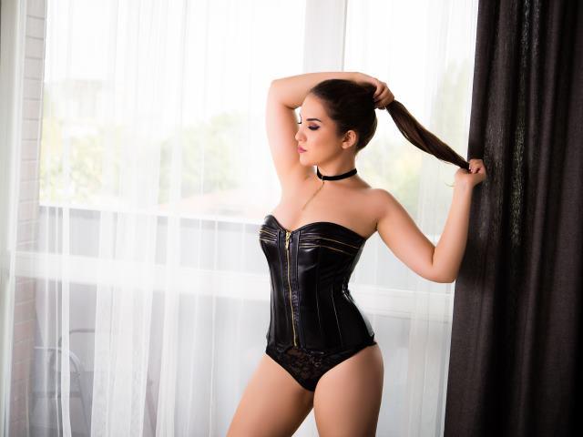 VanessaDeluxe1 - 25