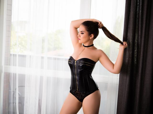 VanessaDeluxe1 - 21